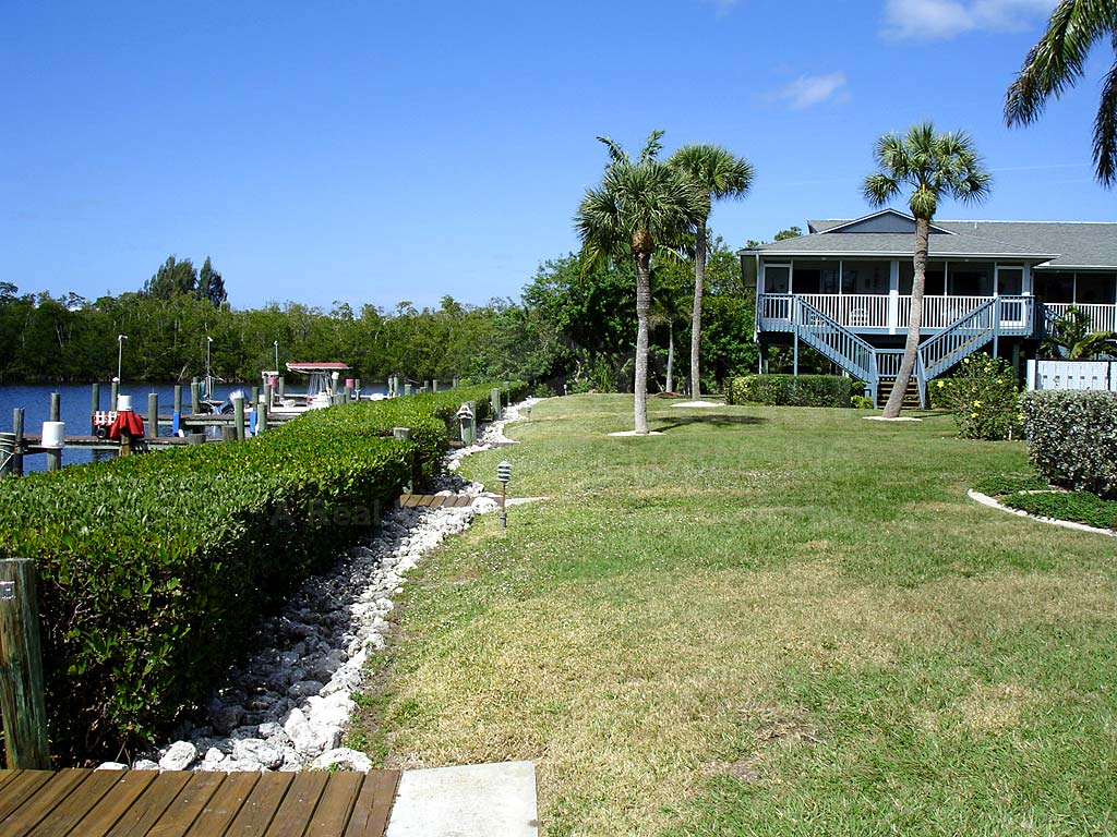 Captains Cove Condos Docks